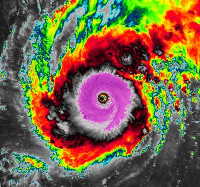 typhoon-goni-landfall-infrared-scan