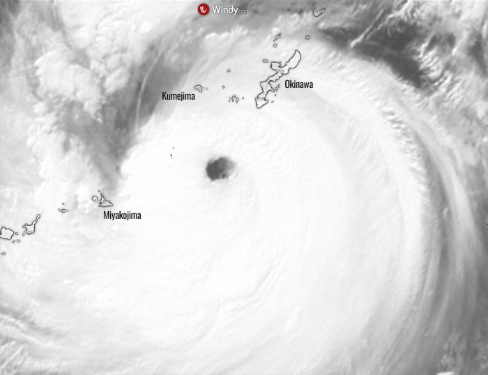 typhoon-maysak-close-up-satellite