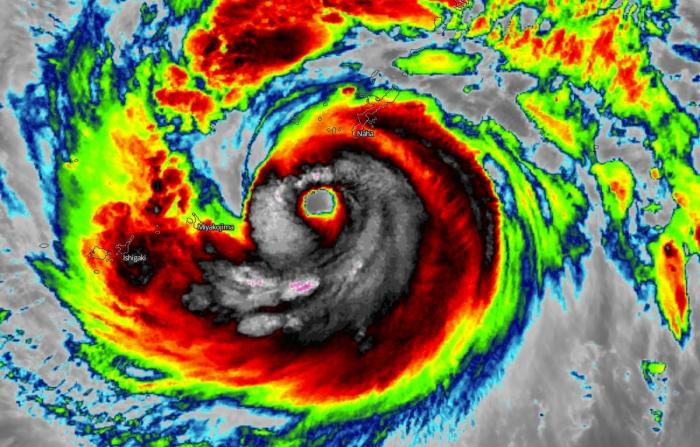 typhoon-maysak-infrared-satellite-image