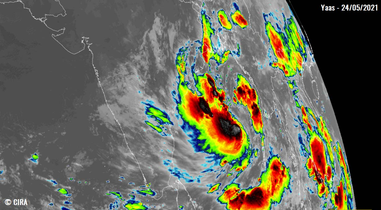 tropical-cyclone-yaas-india-infrared-satellite