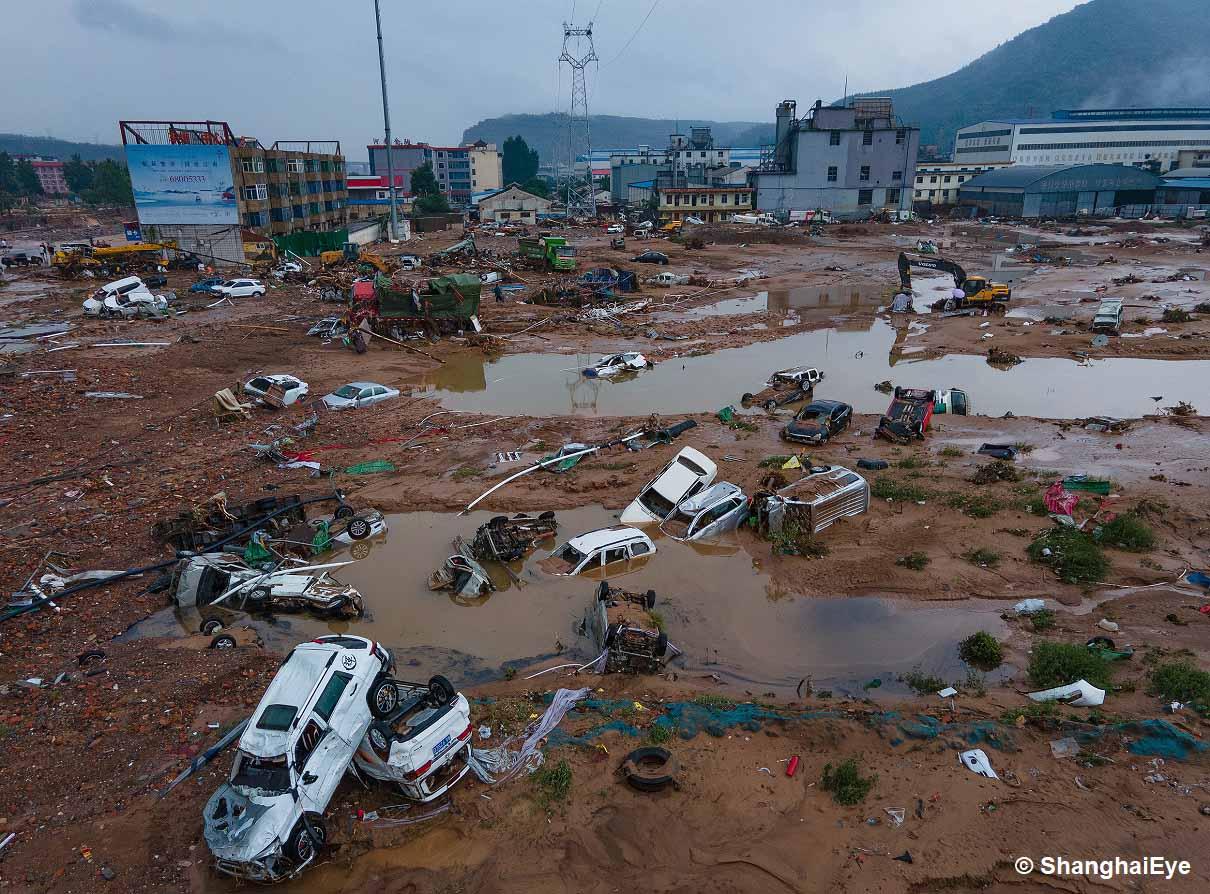 typhoon-in-fa-shanghai-catastrophic-floods-china-nepartak-japan-floods-henan-province