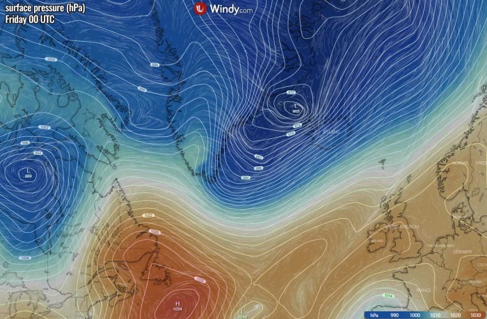 bombogenesis-cyclone-iceland-waves-pressure-friday-morning