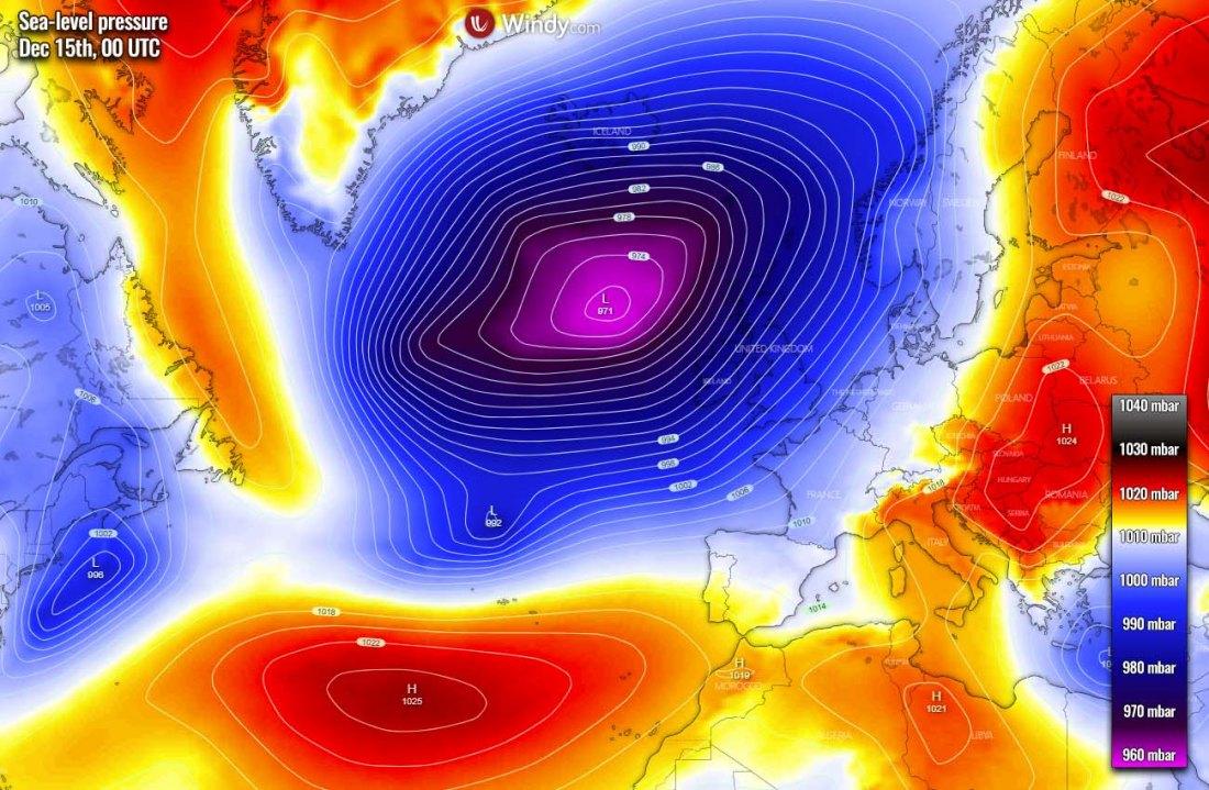 extratropical-storm-north-atlantic-uk-ireland-pressure-tuesday