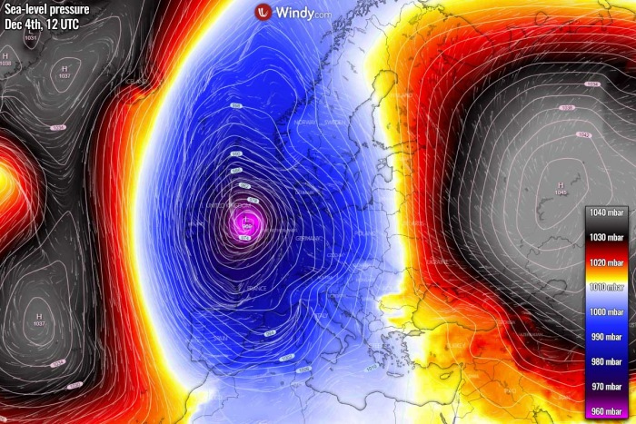 extreme-snow-italy-alps-europe-pressure-friday