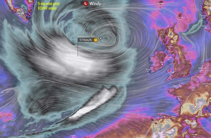 hurricane-epsilon-extratropical-north-atlantic-wind-swath