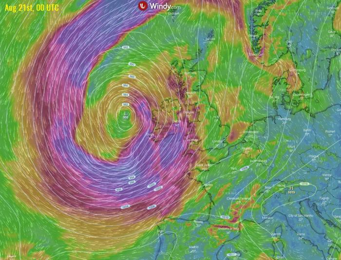 storm-kyle-uk-windsFriday