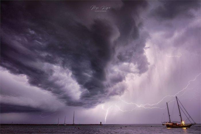 waterspout-adriatic-maja-kraljik-lightning-umag