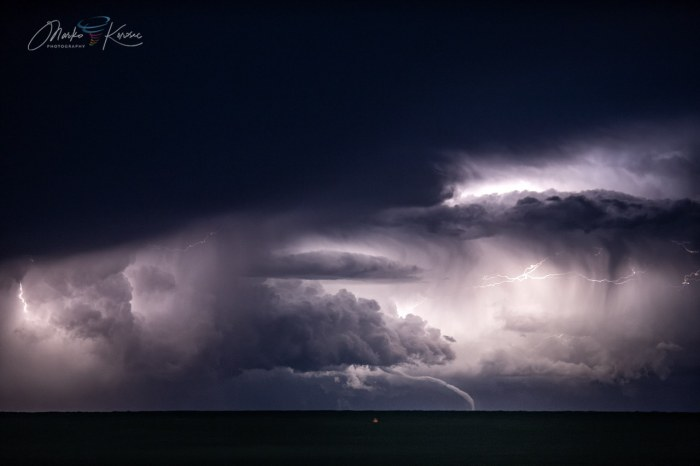 waterspout-adriatic-marko-korosec-rope-out