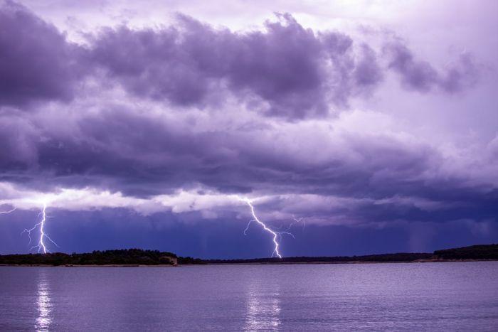 waterspout-adriatic-pula-novosel-entoni