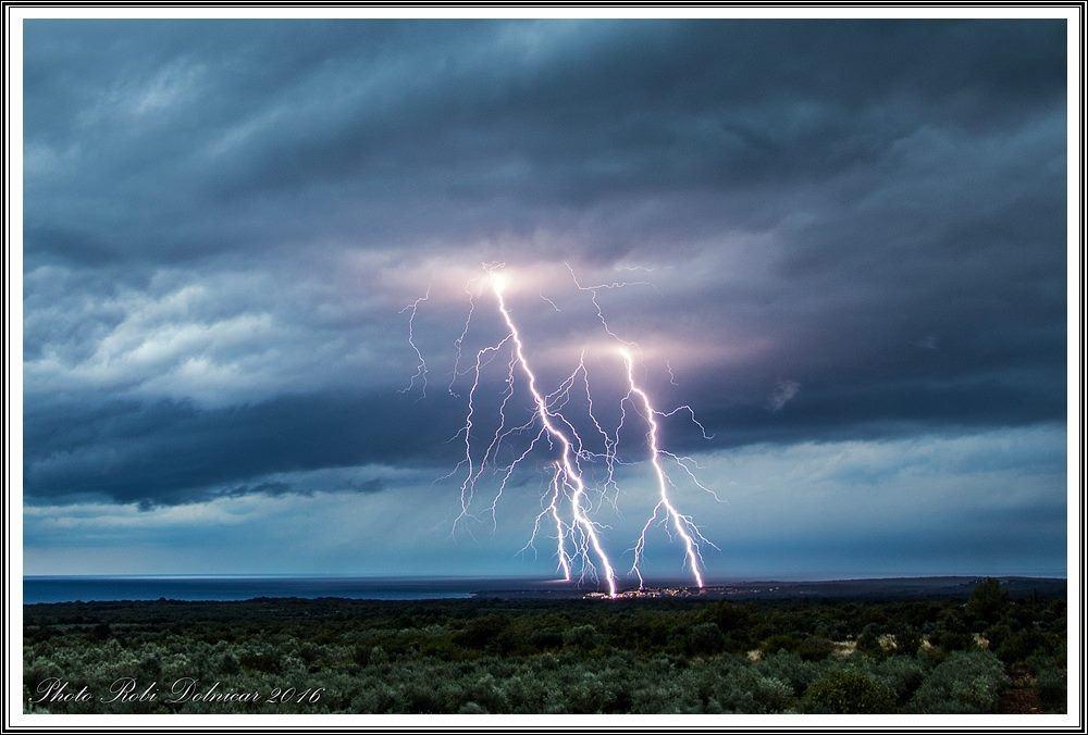 11052017_lightning_Dolnicar_PulaIstra