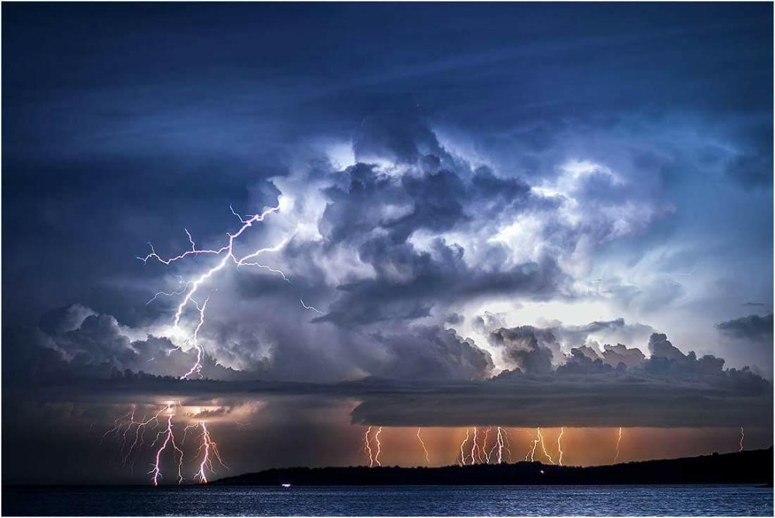 11052017_lightning_Puncet_LosinjIsland