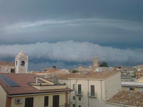 11102013_sicily_supercell_base_mesocyclone_shelf3_brolo