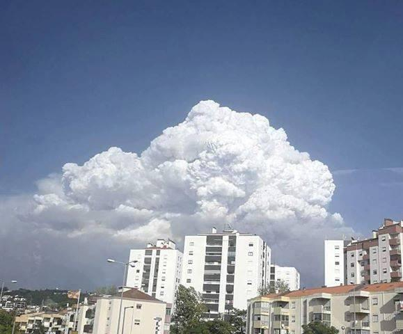 16102017_fires_Iberia_pyrocumulus_Portugal