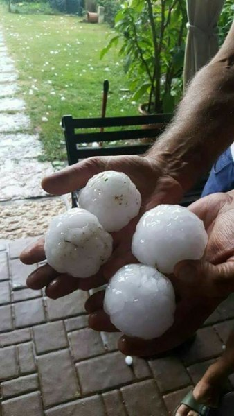 25062017_large_hail_2