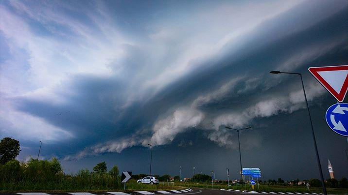 27072017_storms_Italy_1
