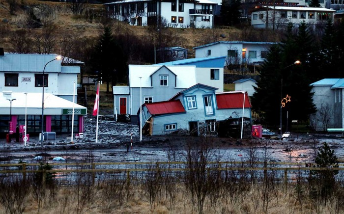 extreme-rain-iceland-landslide-damages-house