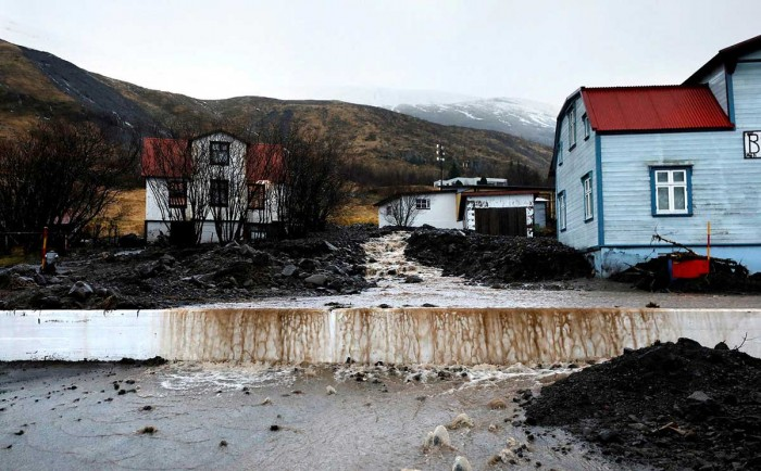 extreme-rain-iceland-landslide-flash-floods