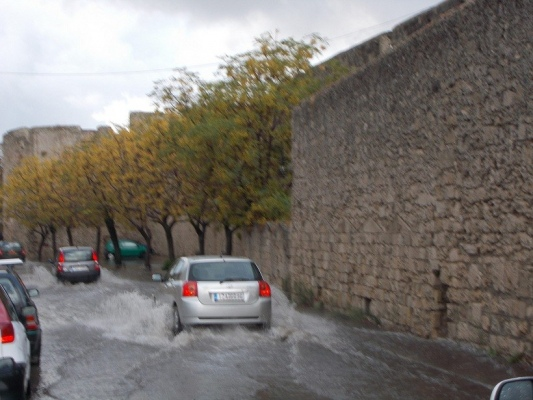floodsrhodes_17okt2013