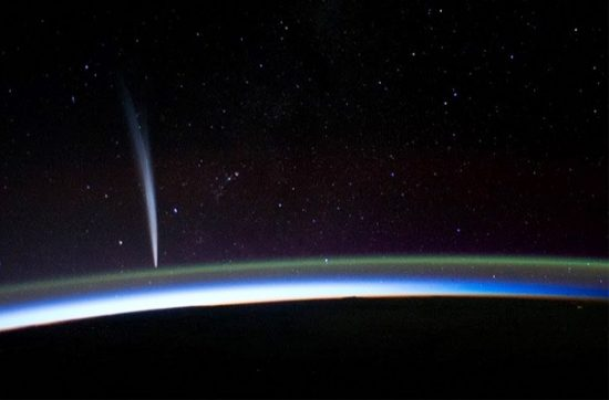iss_cometlovejoy