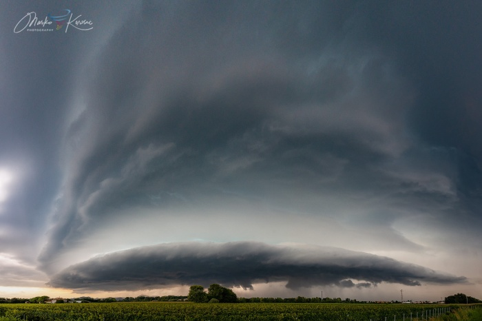 supercell-outbreak-panorama