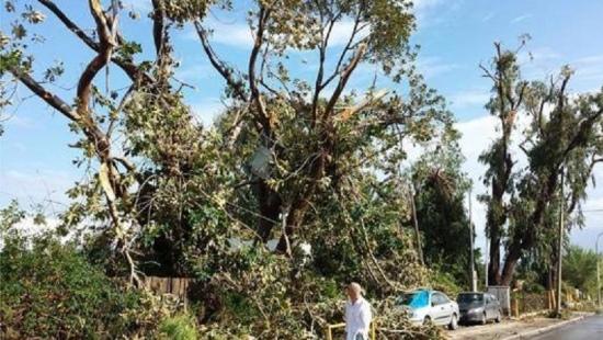 tornadorhodes3_17okt2013