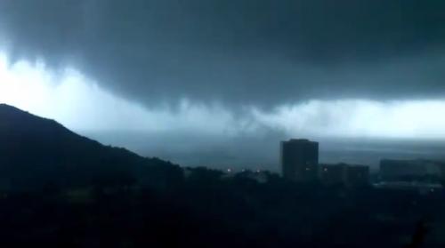 tornadorhodes4_17okt2013