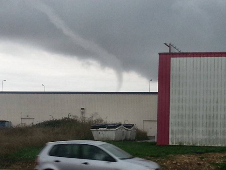 04102013_tornado_saintgermain_1
