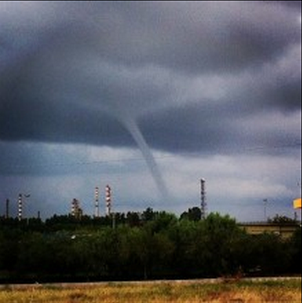 06102013_milazzo_waterspout