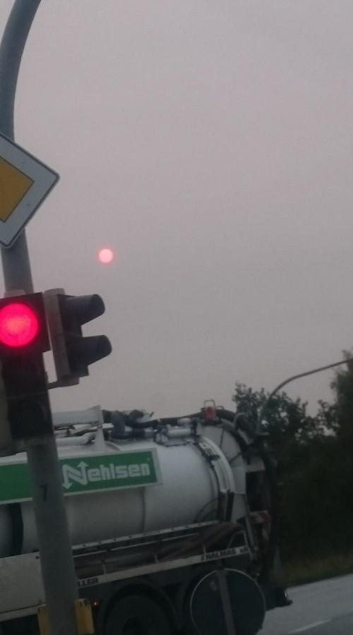 17102017_orange_red_sky_Bremen_Germany