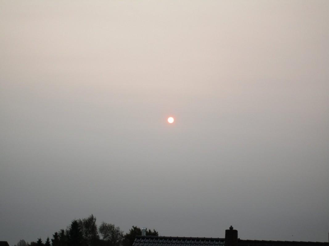 17102017_orange_red_sky_Elmshorn_Germany