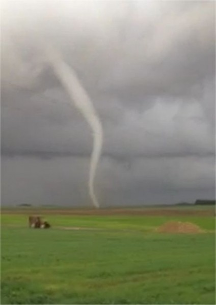 20131020_somme_tornado_1