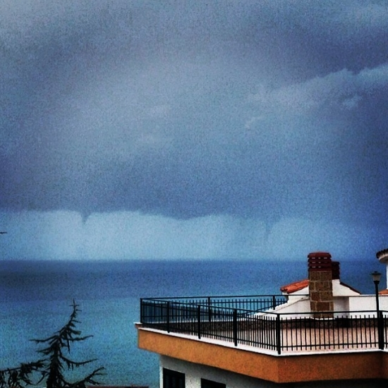 20131119_agropoli_waterspouts_1