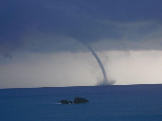 20140715_Arglasti_waterspout_5
