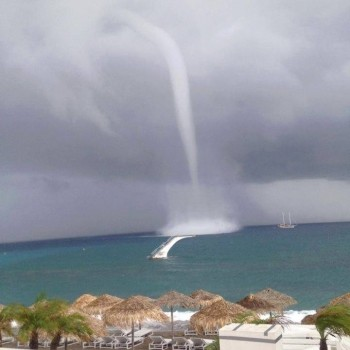 oct2_2013_rhodes_waterspout_fb