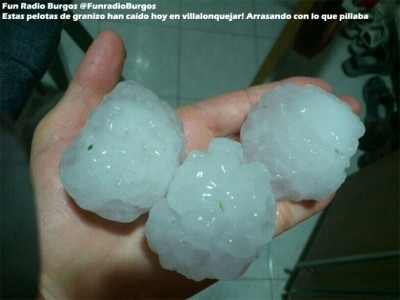 oct2_2013_spain_supercells_giant_hail