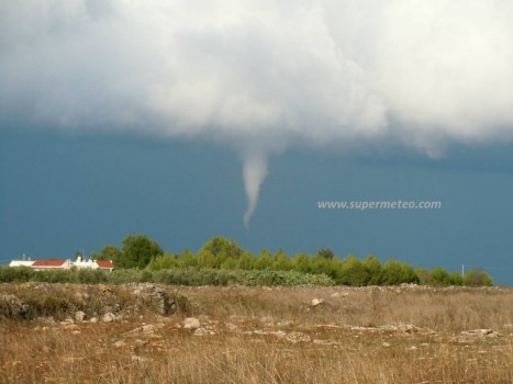 tornadosoleto2_9okt2013