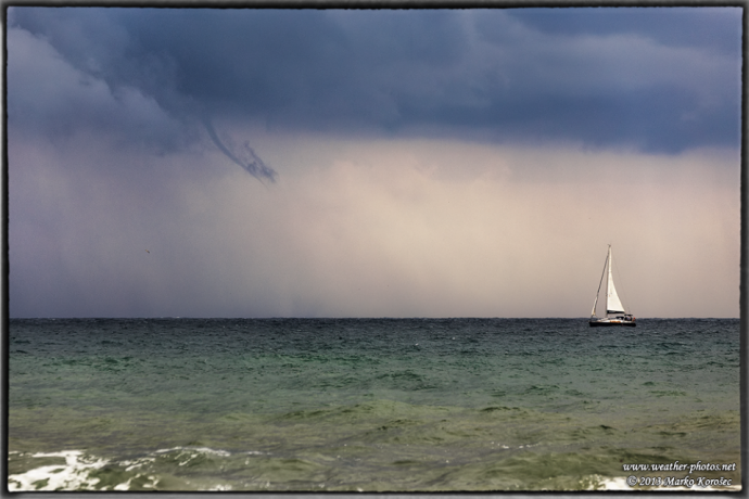 waterspout_29sept2013