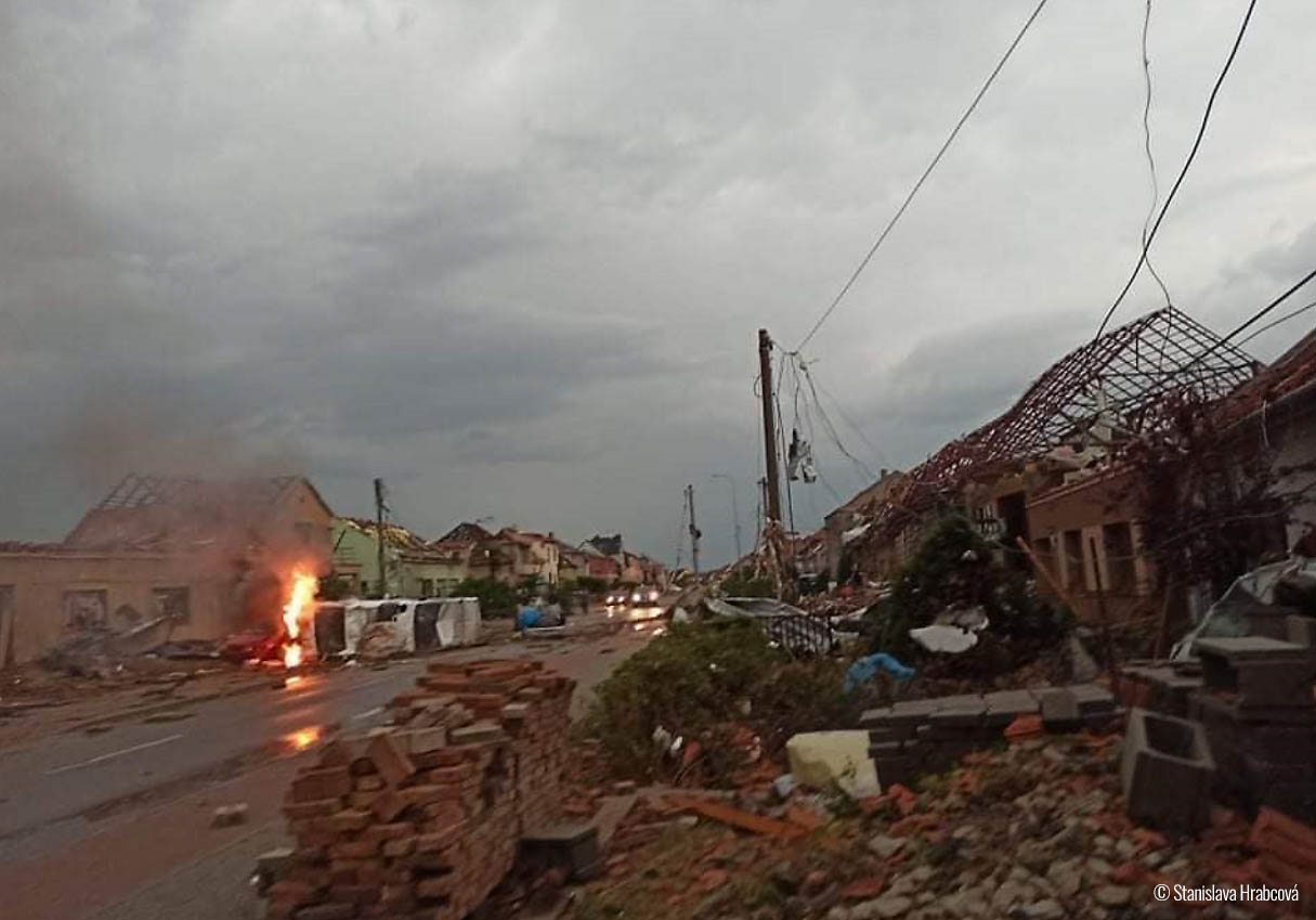 europe-severe-weather-tornado-hodonin-czech-republic-nova-ves