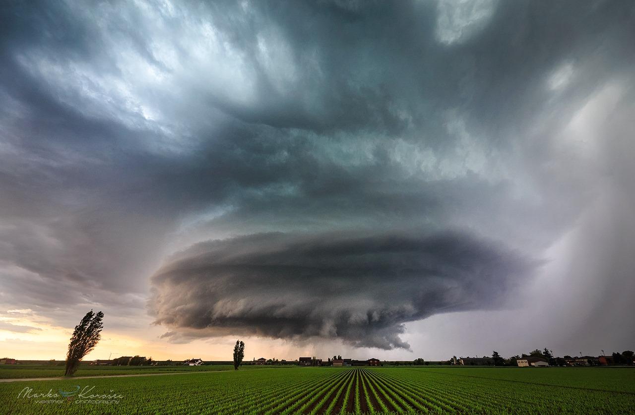supercell-storm-shelf-italy-montagnana