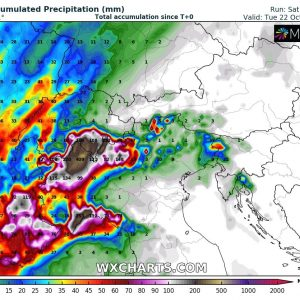 Extreme amount of rainfall (locally 300-400 mm) is expected across the western Alps through the next 3 days, Oct 19-21st