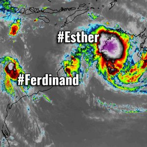 *Update* on the ongoing tropical activity along northern Australia – #Ferdinand is weakening while #Esther continues with extreme rainfall and flooding potential
