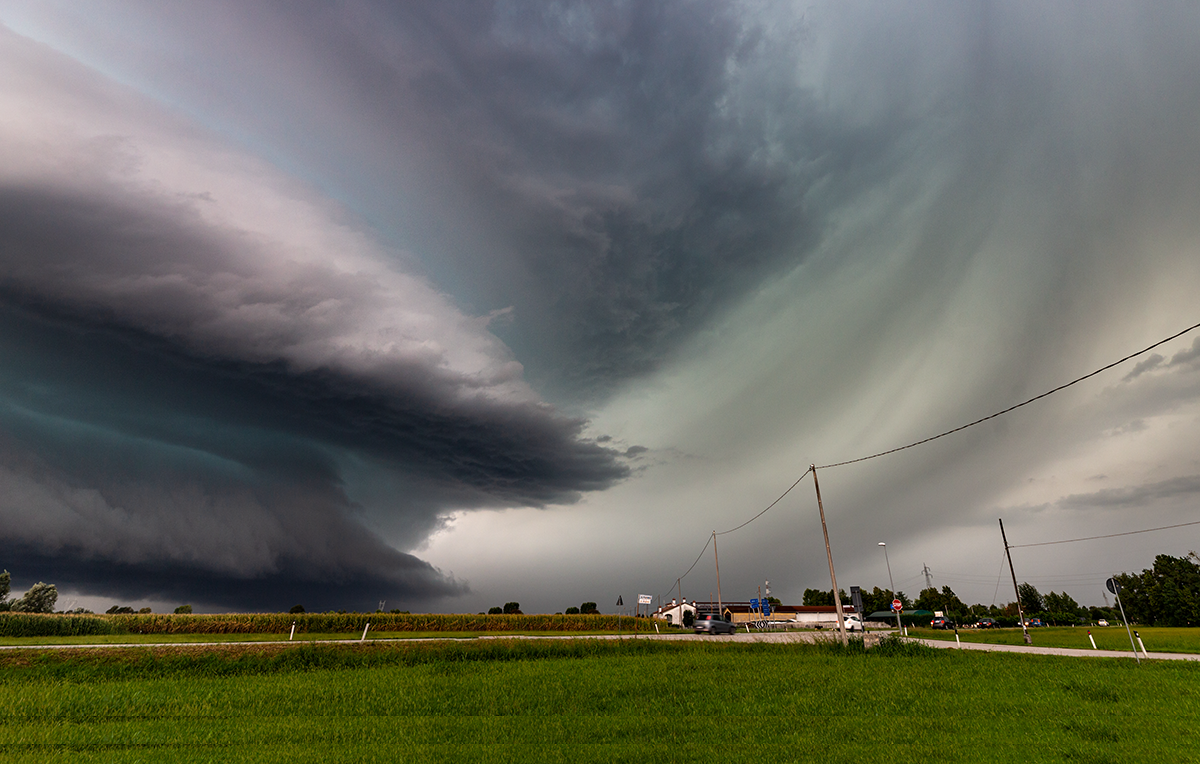supercell outbreak storm