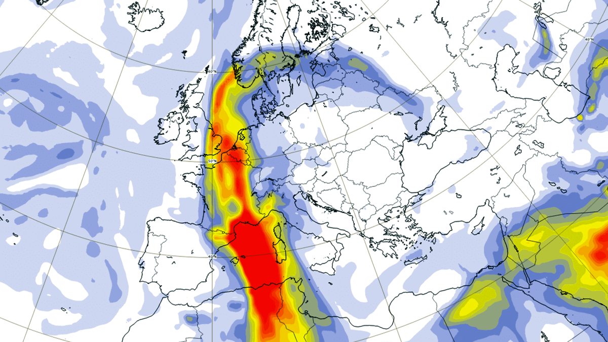 A massive Sahara dust storm forecast to spread across Europe, followed by early spring warm weather through the rest of February