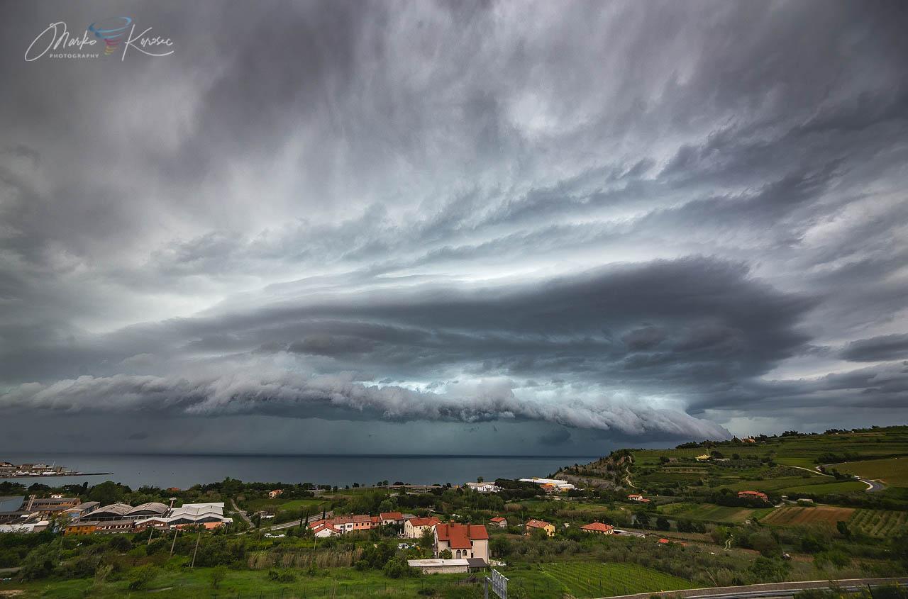 supercell storm shelf trieste gulf marko korosec