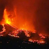 la palma cumbre vieja volcano canary islands eruption 2021 lava flow tsunami